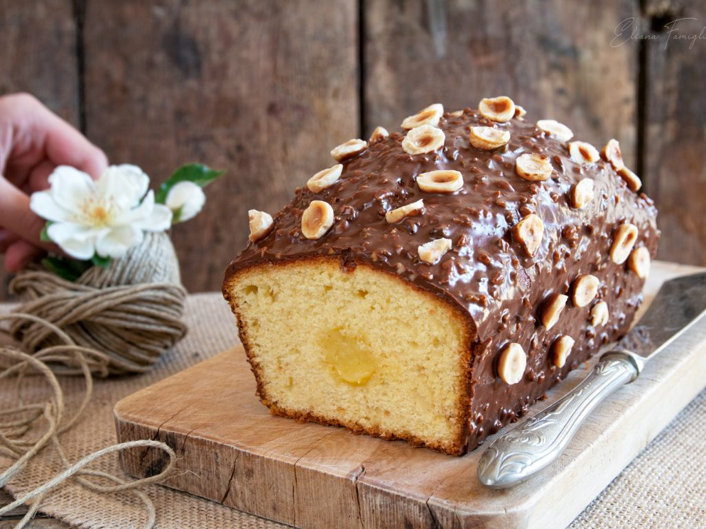 Plumcake al lemon curd e glassa Rocher